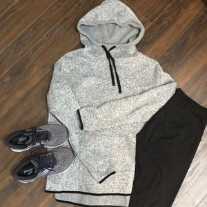 ❤️3 for $20- Fleece Lined Hooded Sweater- size XL
